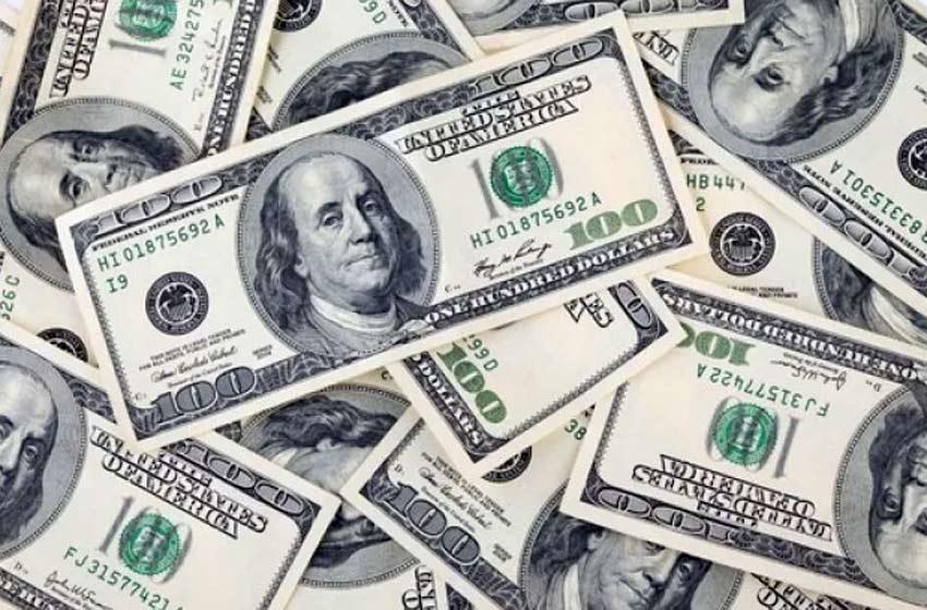 Sturzenegger dice que no habrá 'relajamiento' de la política monetaria argentina