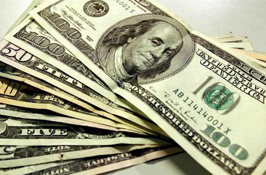 Después del récord, bajó el dólar y cerró a menos de $19