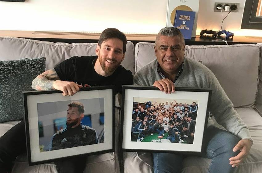 Lionel Messi recibió la visita de Chiqui Tapia en Barcelona