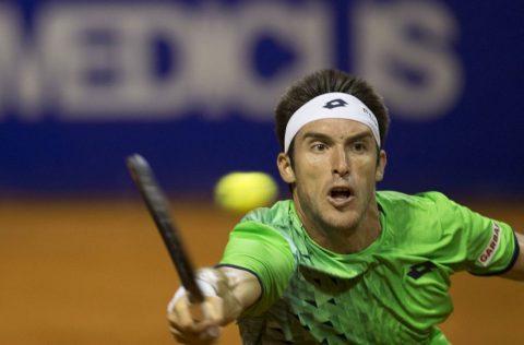 Mayer, Delbonis y Monfils avanzan a cuartos en Argentina