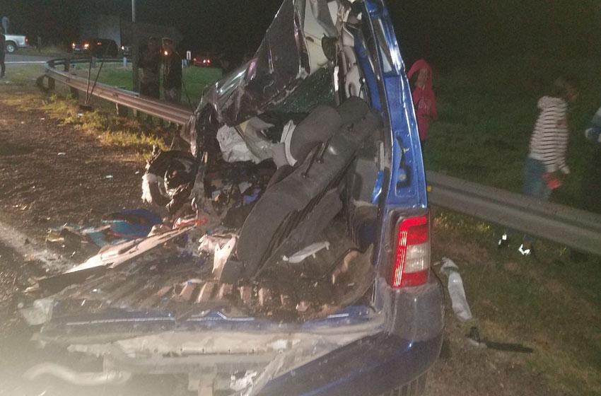 Tres muertos en accidente de autopista Córdoba - Rosario