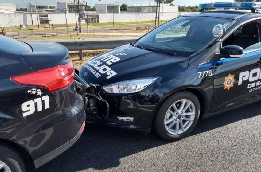 Rosario: choque en cadena entre patrulleros inteligentes