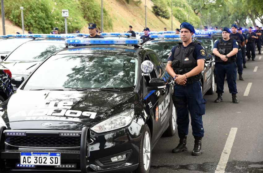Patricia Bullrich envía 400 efectivos a Santa Fe y Rosario