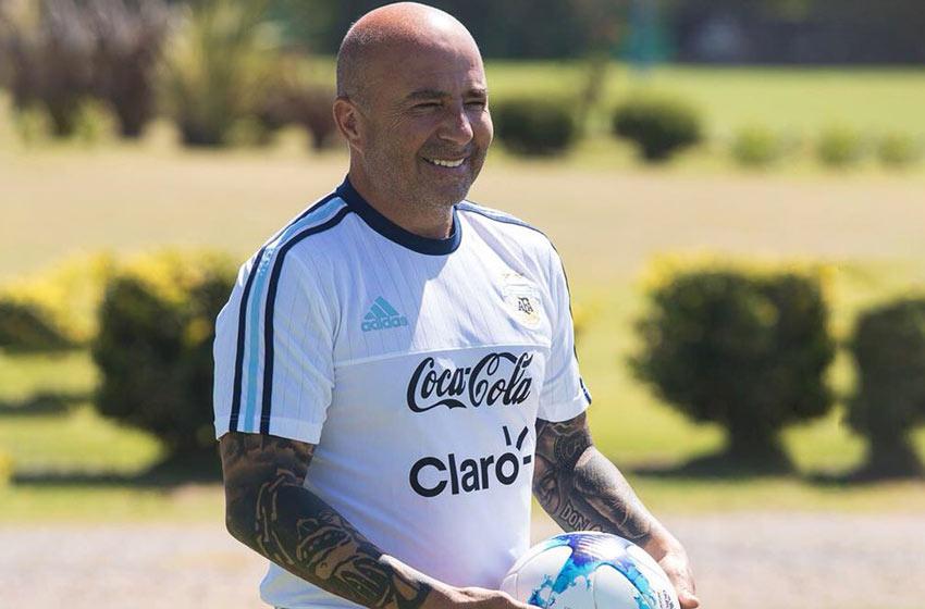 Para el amistoso con Italia, Sampaoli convocó a cinco jugadores locales