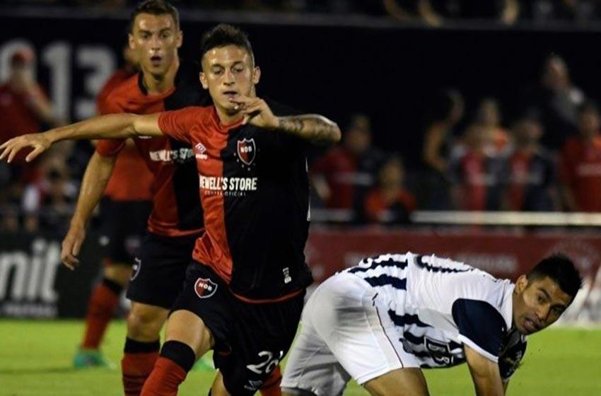 Newell's derrotó 2 a 1 a Talleres y llegó a 24 puntos