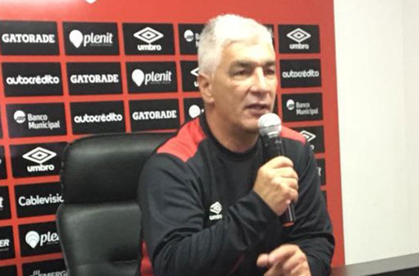 Newell's irá por una remontada histórica ante Paranaense