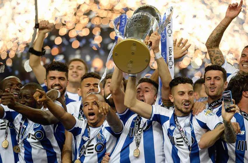Fiesta mexicana por título del Porto