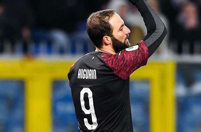 Gonzalo Higuaín llegó en agosto de 2018 al Milan con el objetivo de torcer  el mal presente del club d4328f81db937