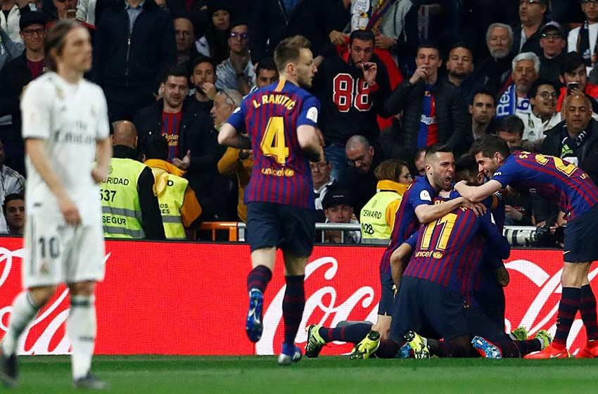 Barcelona se hizo gigante en el Bernabéu y eliminó al Real Madrid ... e6f1a43de6f7c